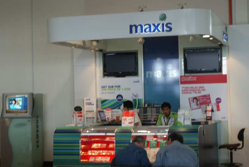 Maxis booth